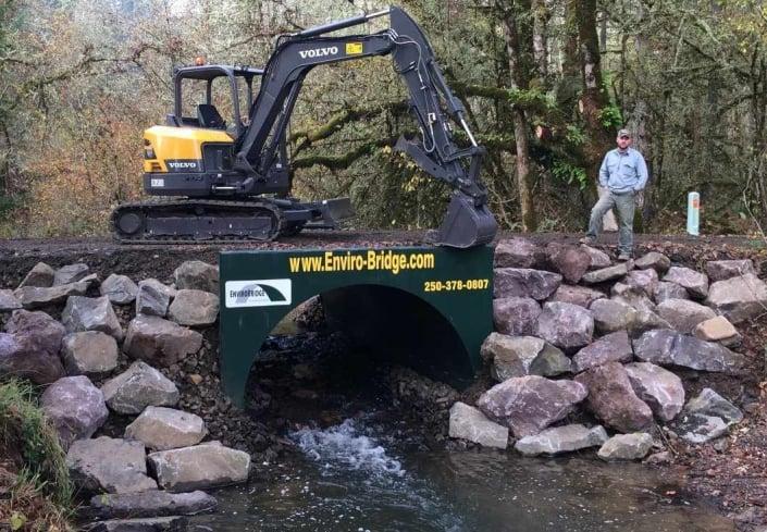 Portable Bridge for Pipeline Construction